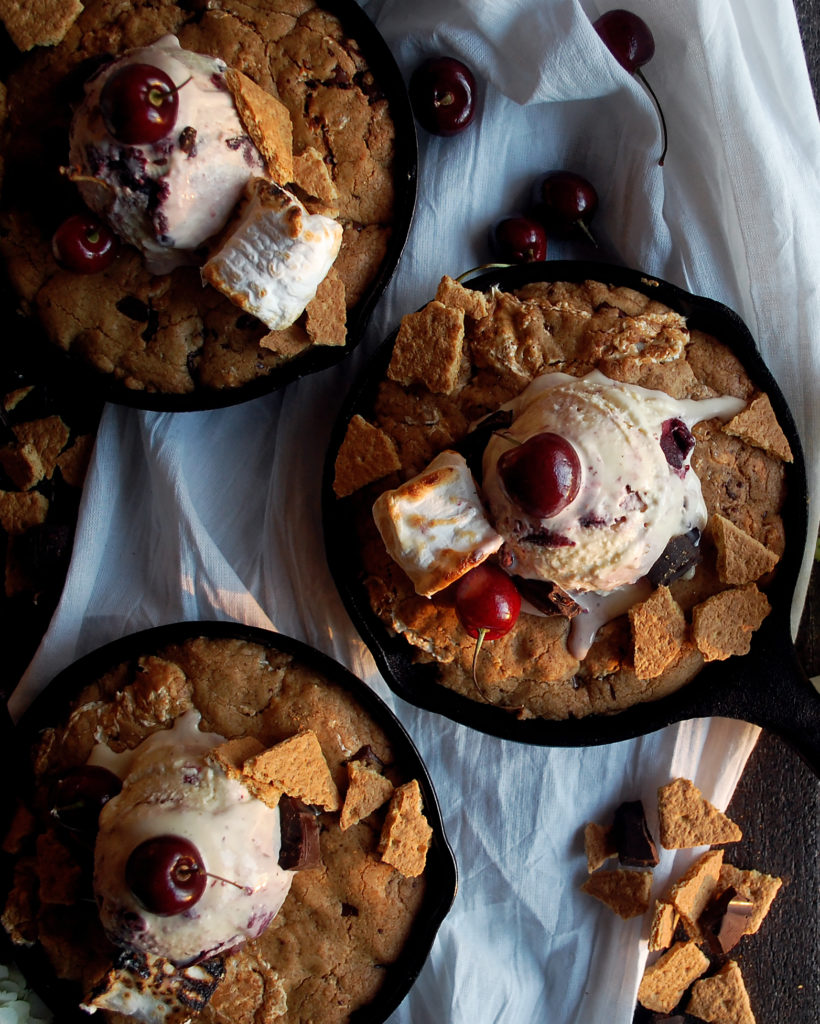 S'mores Cookie Skillet