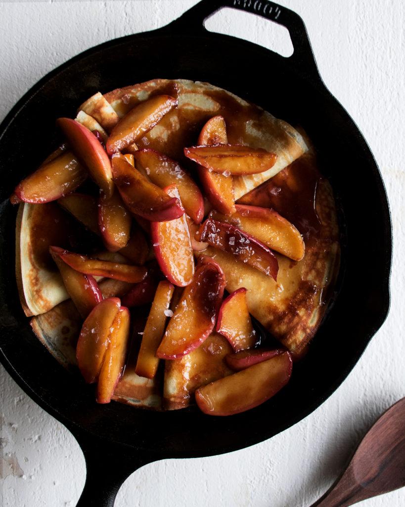 Cinnamon Caramel Apple Crepes