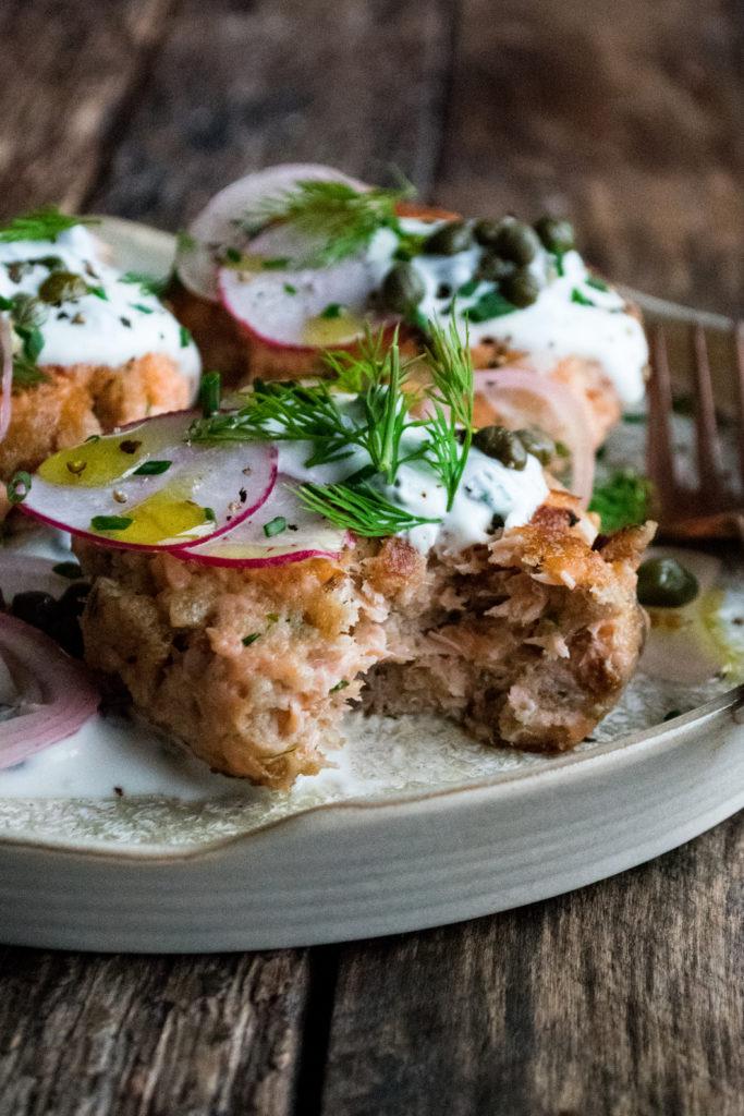 Rye Salmon Cakes