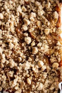 Cinnamon Apple Crumb Bars