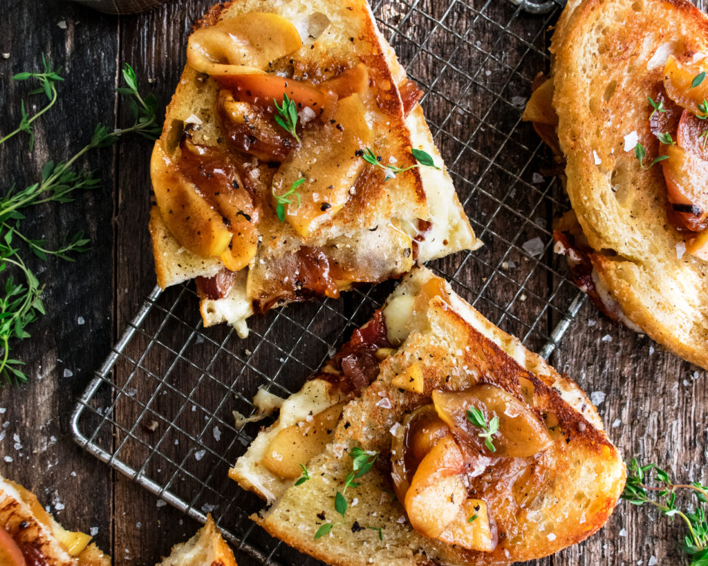 Caramelized Apple & Bacon Grilled Cheese